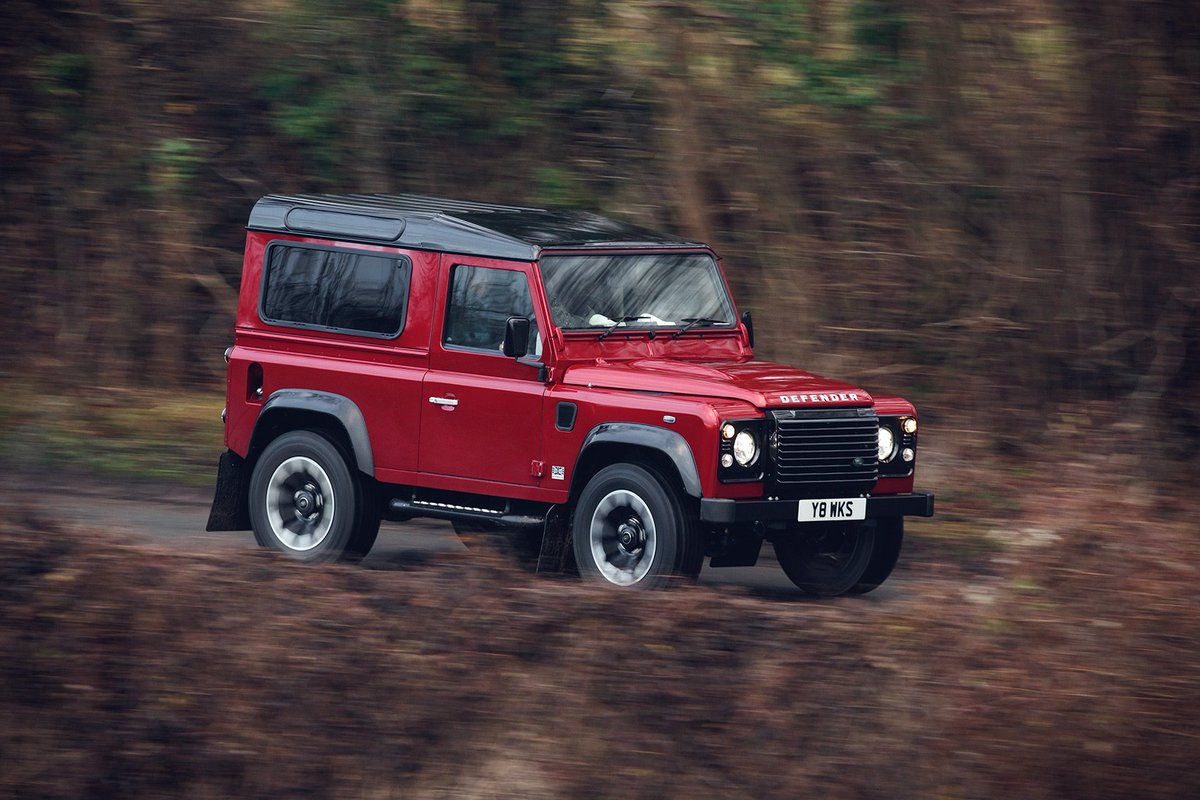 Look who's back: video and details of new 400bhp Land Rover Defender Works V8