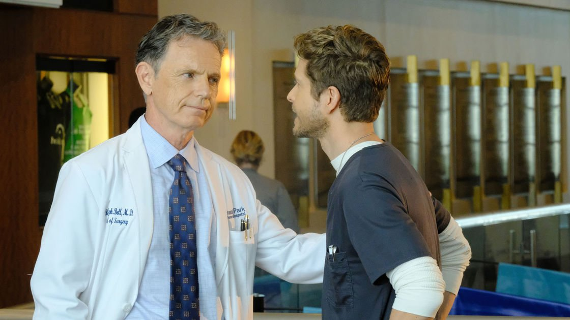 Matt Czuchry embraces the empathy in 'The Resident'