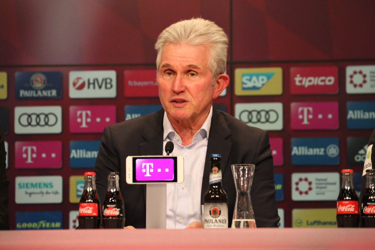 """#Heynckes: """"Our play wasn't fluid today. We were too clumsy, too slow."""" #FCBSVW https://t.co/tzroK05maN"""