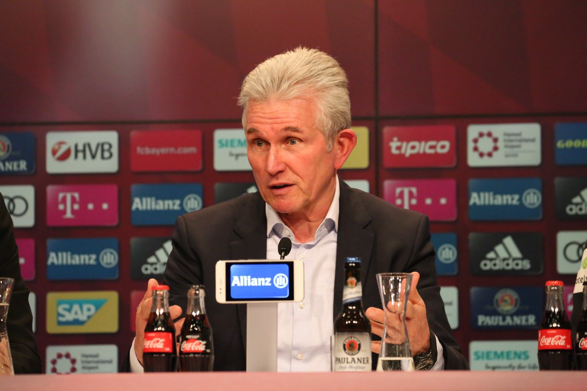 """#Heynckes after #FCBSVW: """"Overall, Bremen played a very good game. Not only did they defend well, but they also played bold football with clear ideas going forward."""" https://t.co/vpxsrwwuYh"""