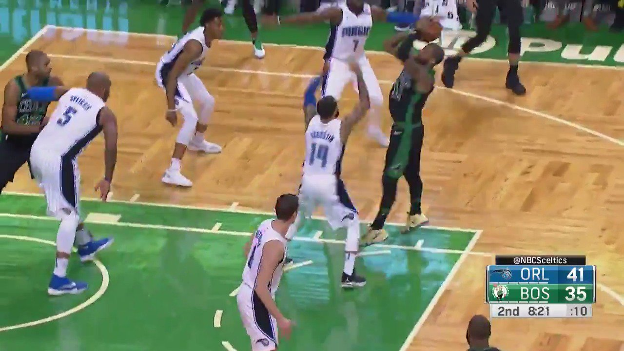 #KyrieIrving with the shimmy!  #Celtics https://t.co/bDQVnDYoAX