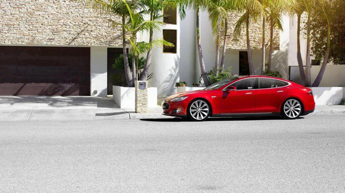 Someone figured out how to trick a Tesla into steering itself with a piece of fruit https://t.co/DToWxk0LYL https://t.co/jDUP4dzv72