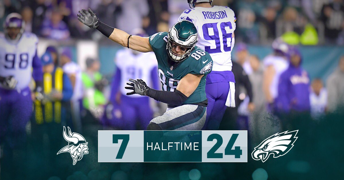 30 minutes down, 30 to go.   #FlyEaglesFly https://t.co/HPMildOB9I