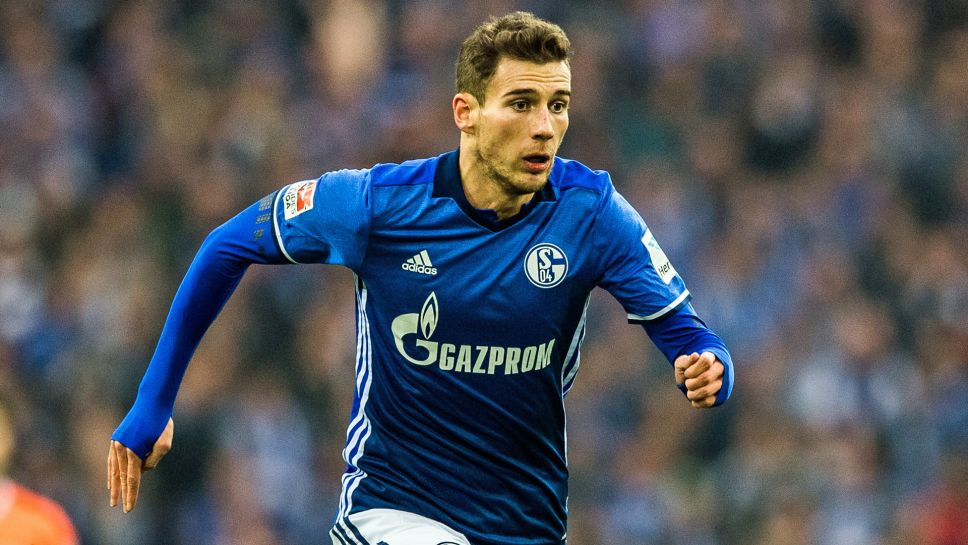 "Goretzka: ""Join Bayern in January? Schalke have always made it clear that my options are either extend my contract or stay till the summer. That's my clear plan. I will stay here and give my all until the end of the season"" https://t.co/LpKKuQsZ63"