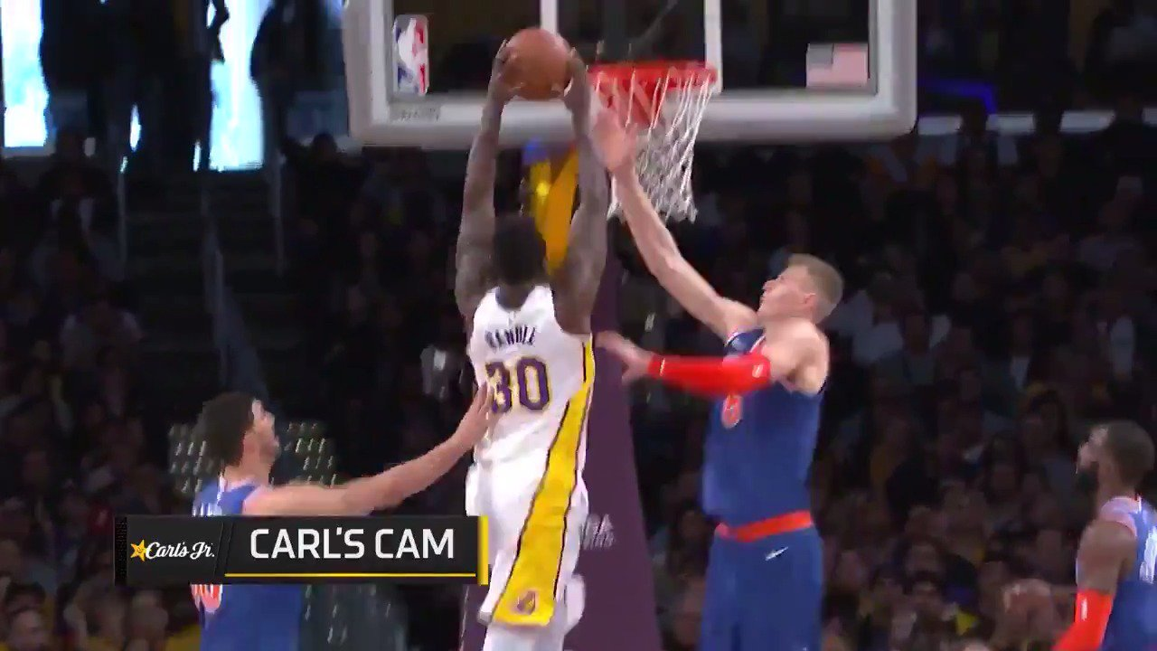 Julius Randle throws down the two-handed jam!  #LakeShow  ��: #NBALeaguePass https://t.co/9y2ctX23KJ