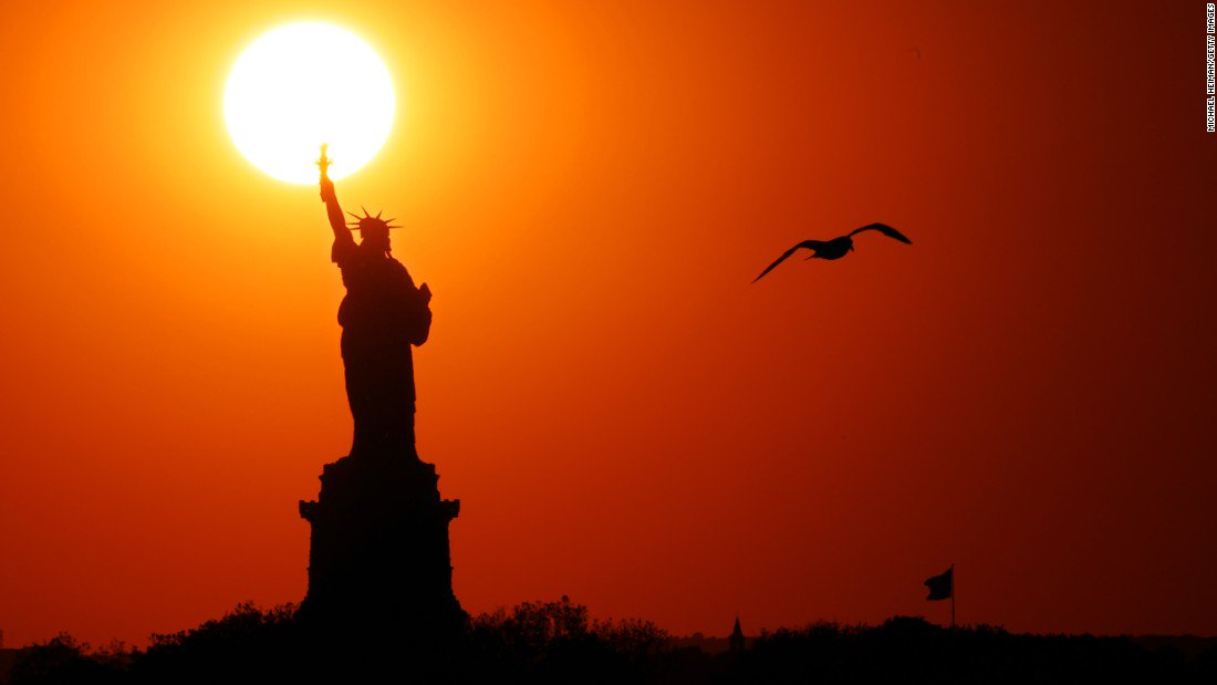 New York Gov. Cuomo to keep Statue of Liberty open during shutdown https://t.co/rLkLXm3k2F https://t.co/gMjZGNF5Tb