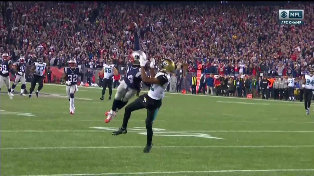 RT @YahooSports: Stephon Gilmore comes up HUGE on 4th down. https://t.co/Wz57a4sQbL