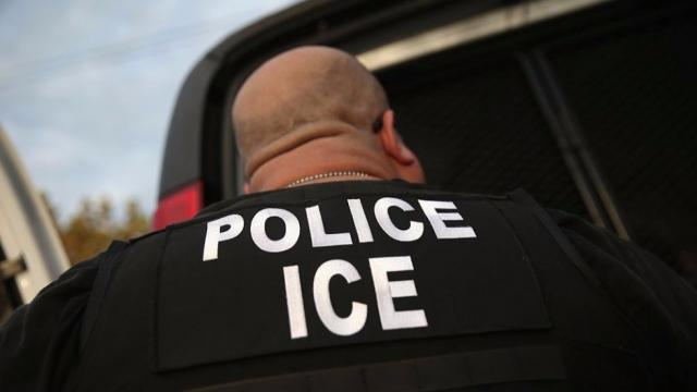 Immigration officials detain green card-holder who has lived in US for nearly 40 years https://t.co/zwmvNge3dZ https://t.co/5PexrRU26l