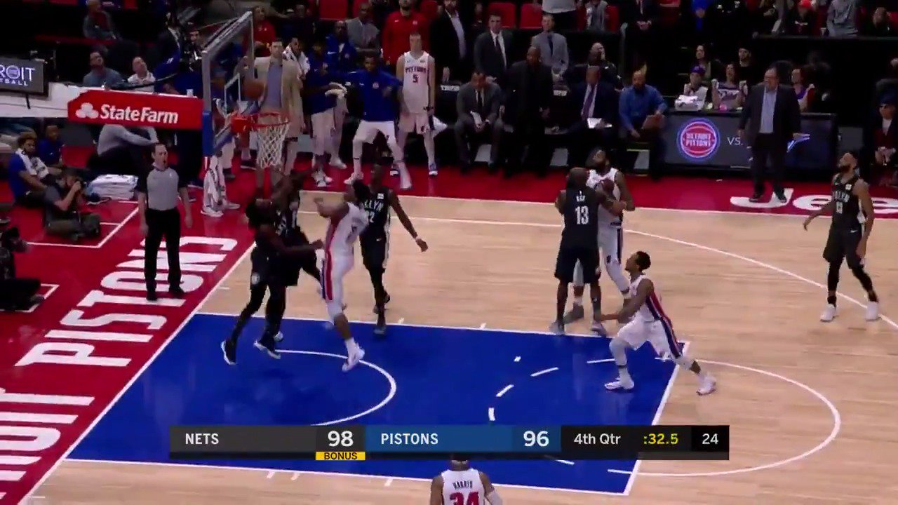Stanley Johnson with the timely tip-in!  #DetroitBasketball   ��: #NBALeaguePass https://t.co/aKcF88OgKo