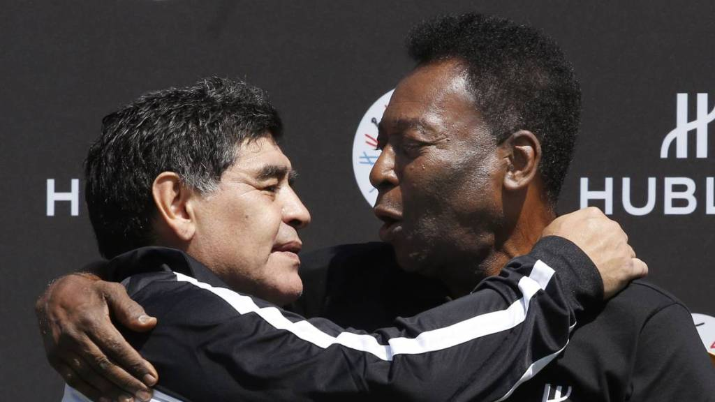 "Pelé dice que Maradona sintió ""celitos"" por preferir a Messi https://t.co/xvttRp9grv https://t.co/30U4rygIvz"