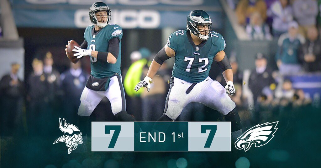End of one quarter. #Eagles are driving.   #FlyEaglesFly https://t.co/x1vqbRL0UW