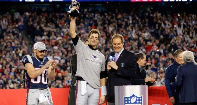 #Deportes Brady luce pese a lesión y lleva a los Patriots al Super Bowl https://t.co/MBVGAfPEvR #Noticias https://t.co/ntNDx0IYpU