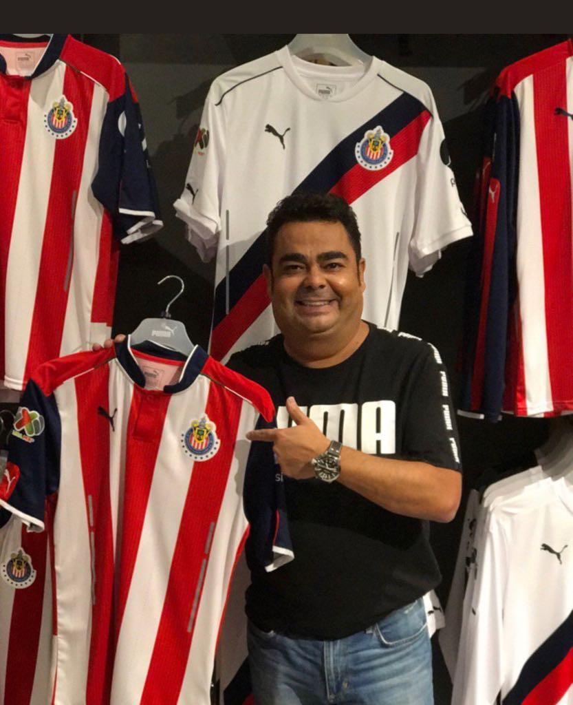RT @J_Pietra: Mi nuevo Chivahermano! @garciatorano https://t.co/oIWgeVeJVh
