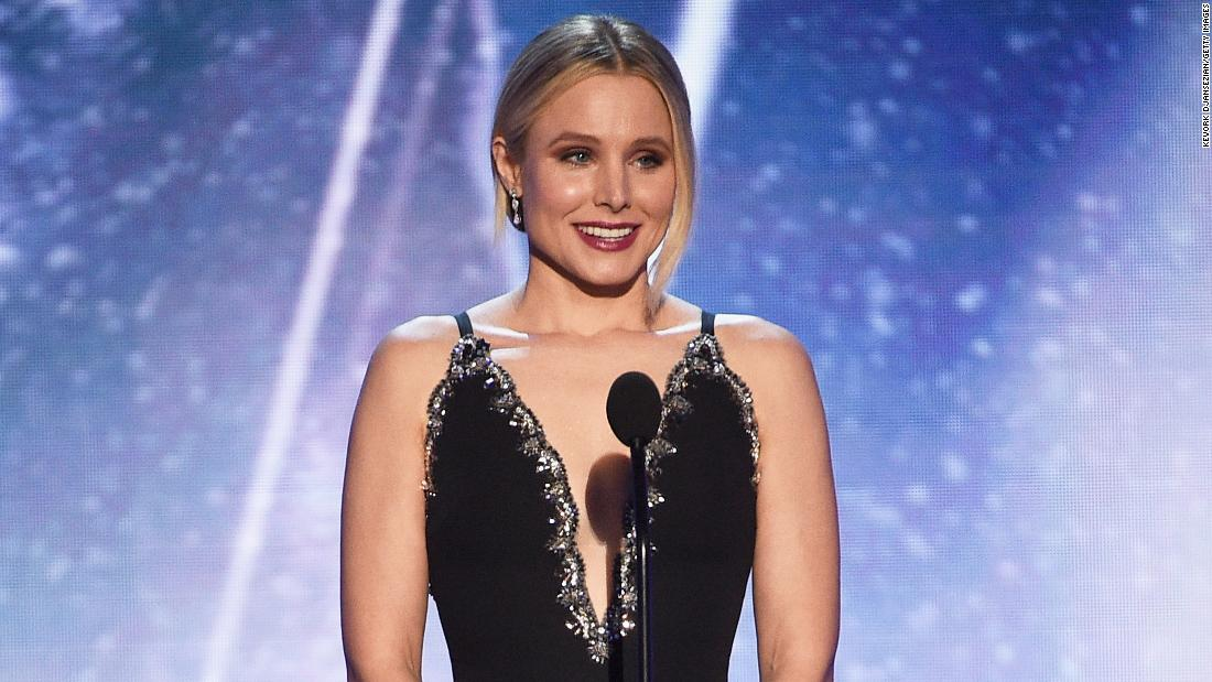 Kristen Bell kicks off #SAGAwards with a jab at First Lady Melania Trump https://t.co/q1WJtuTDU1 https://t.co/kw0Afu4uNN