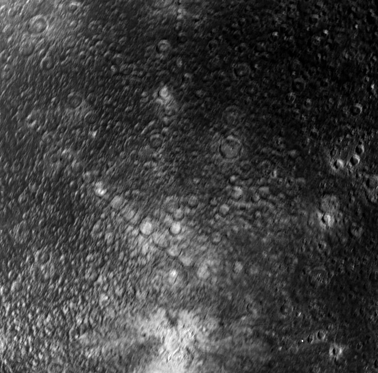 Must have been an awesome sight to see Callisto machine gunned like this. Wish this was a little clearer... (Voyager 1, March 1979) https://t.co/eVWs3454LY