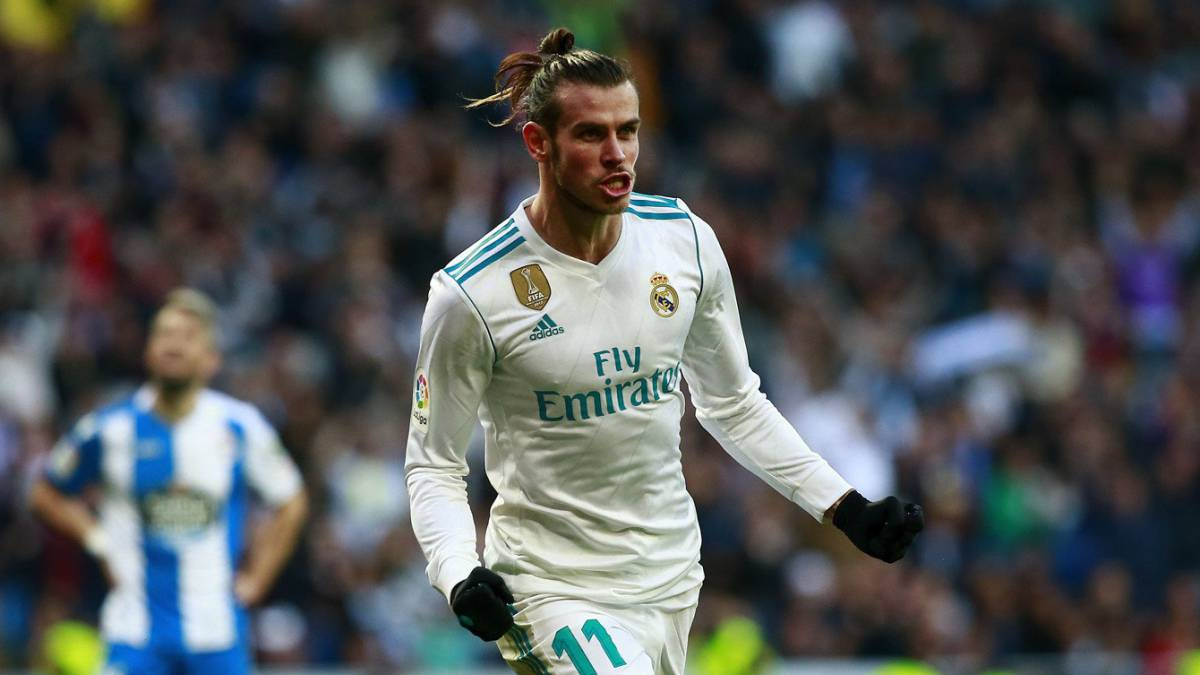 Bale es el 'nueve' del Madrid https://t.co/AQkgmWR8RY