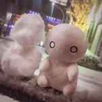 RT : ミーくんが2人!?と思ったら、なんと雪だるまをつくったみたいで...