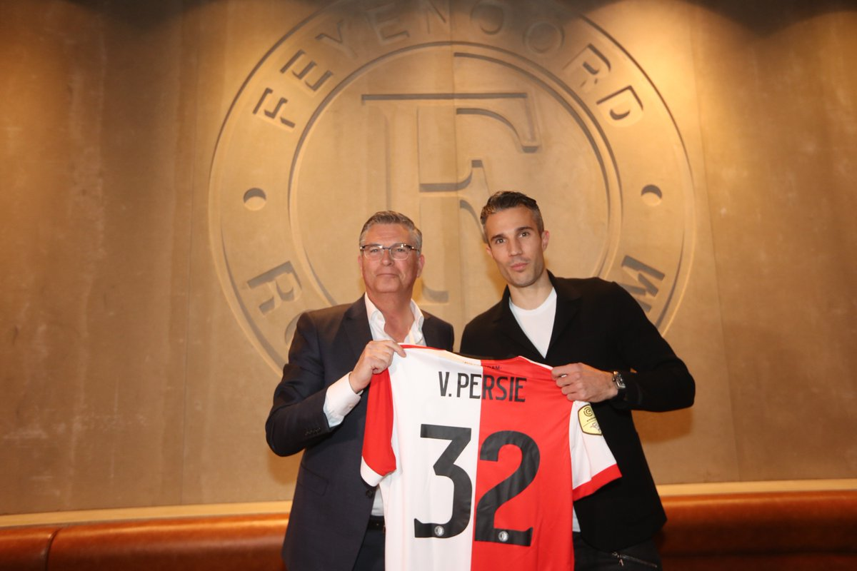 test Twitter Media - #RVP32 🔴⚪️⚫️  ➡️ https://t.co/utUJca9M9k  #RVPISBACK #Feyenoord https://t.co/7ZEP4g5PvM