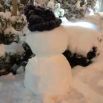 RT : 雪の中、リピートチームは撮影中☃️ 電車の遅延が出てたり道路も雪...