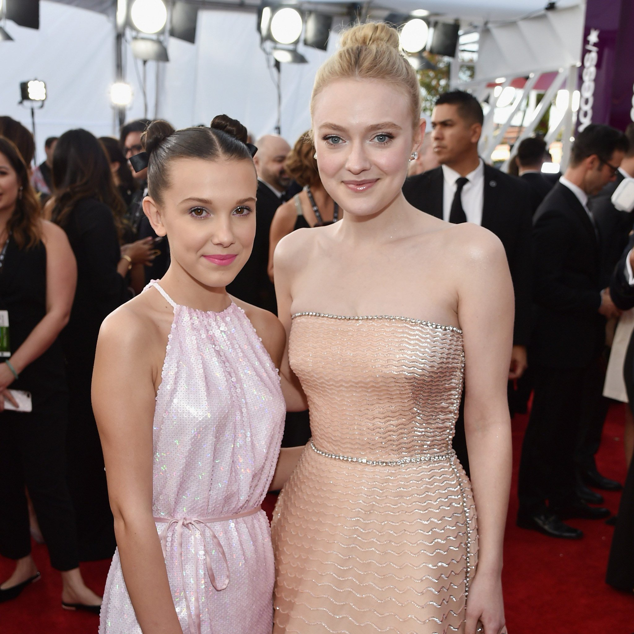 .@MillieBBrown and Dakota Fanning had a mutual fangirling moment: https://t.co/nkEgCK78eQ https://t.co/kHdSmfF64Y