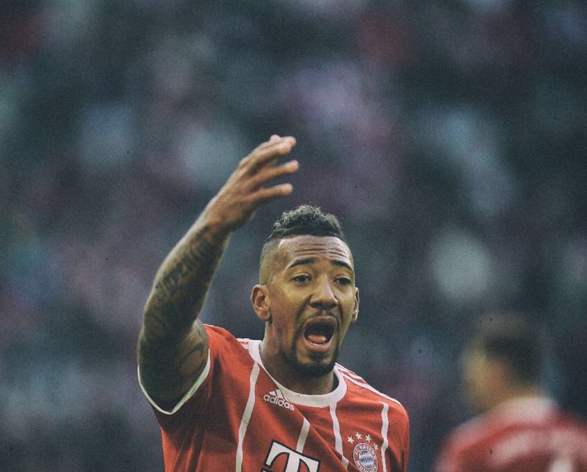 RT @JB17Official: You serious man? 😜 https://t.co/QMSenwNi6Y