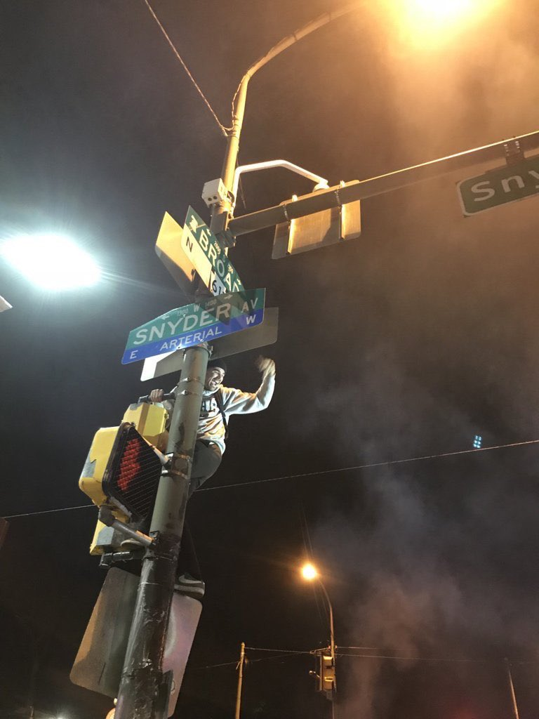 A haiku for your Victory Monday:   The Eagles flew so high  Fans climbed to reach the night sky  Crisco poles stopped no one  (📸: @IainPageFox29) https://t.co/TEzd72hebQ