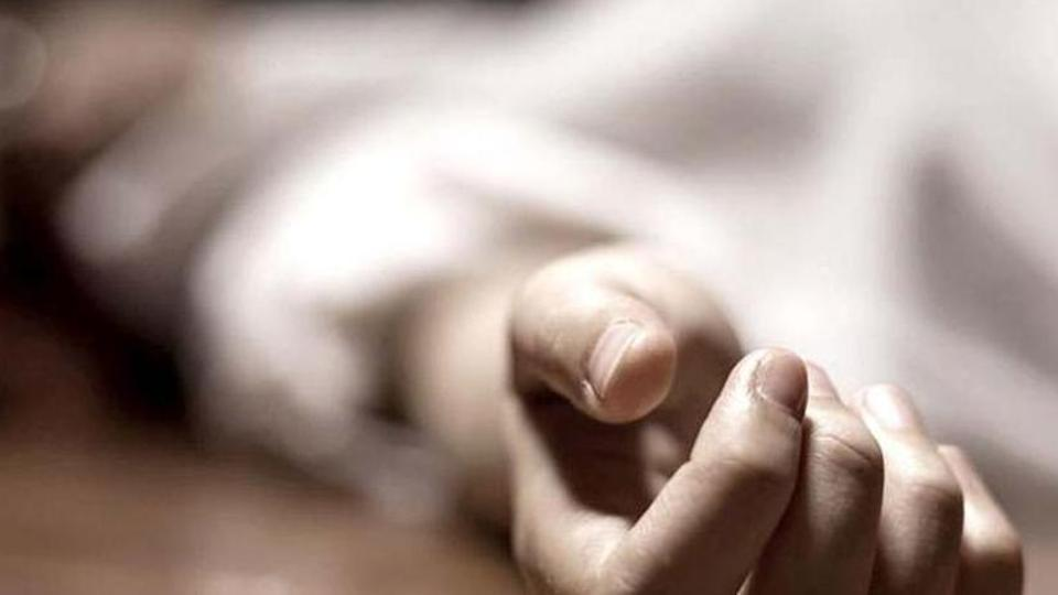 Teen dead, uncle hurt after dumper hits their bike in #Mumbai suburb, reports @PranabB ...