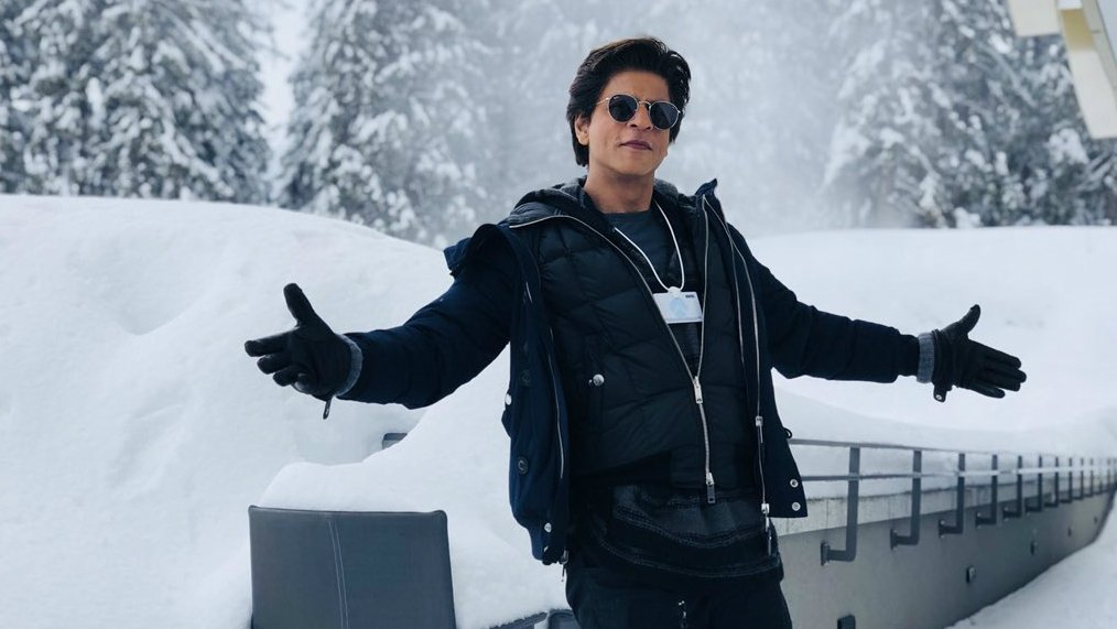 WEF 2018: Honoured to receive Crystal Award with Elton John and Cate Blanchett, says Shah Rukh Khan https://t.co/DMyvU8PpcY https://t.co/dGe6TDd0Vh