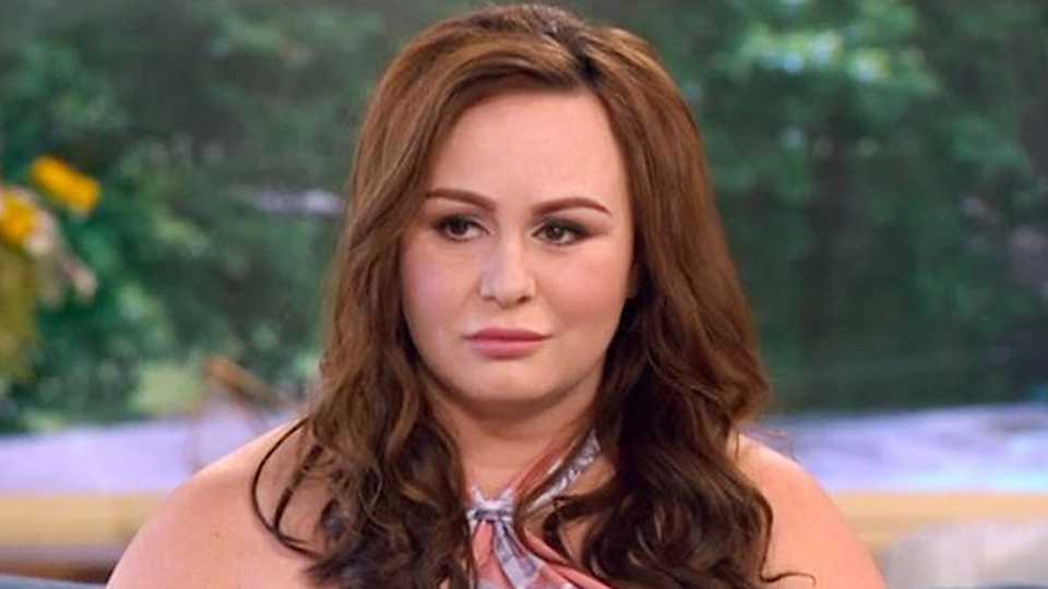 Desperate Chanelle Hayes pleads for help with 'disgusting' skin problem