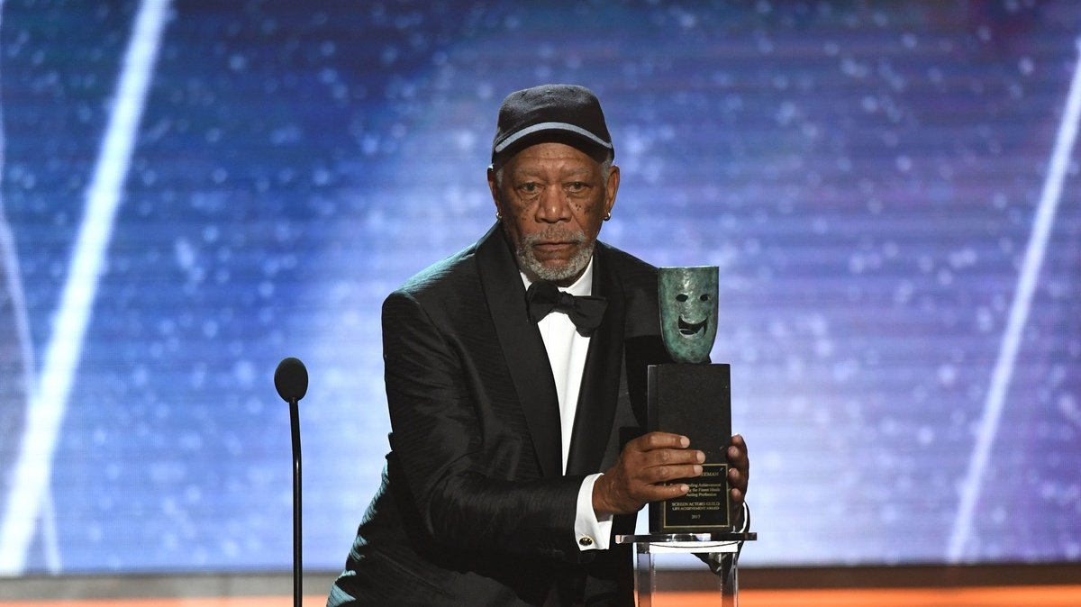 Morgan Freeman called out an audience member for talking during his SAG Awards speech