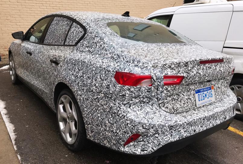 Ford tests Focus prototype in U.S. ahead of China production launch https://t.co/6TVBxBinNK https://t.co/K9PLmIi1dg