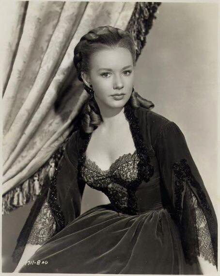 Happy birthday Piper Laurie!