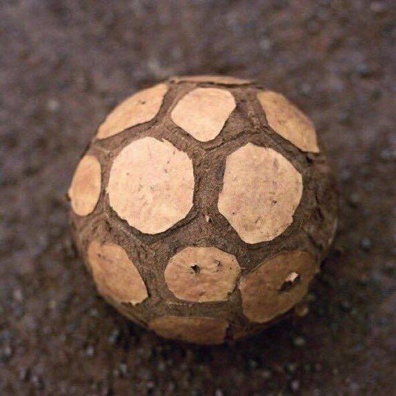 Hikayesi olan top. https://t.co/JtujQcznzG
