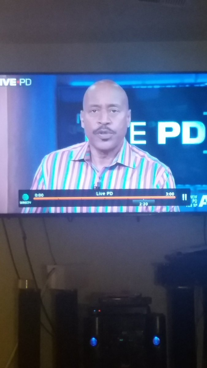 @TomMorrisJr1  Love your shirt. Catching up on #LivePD https://t.co/cgBkrPyodD