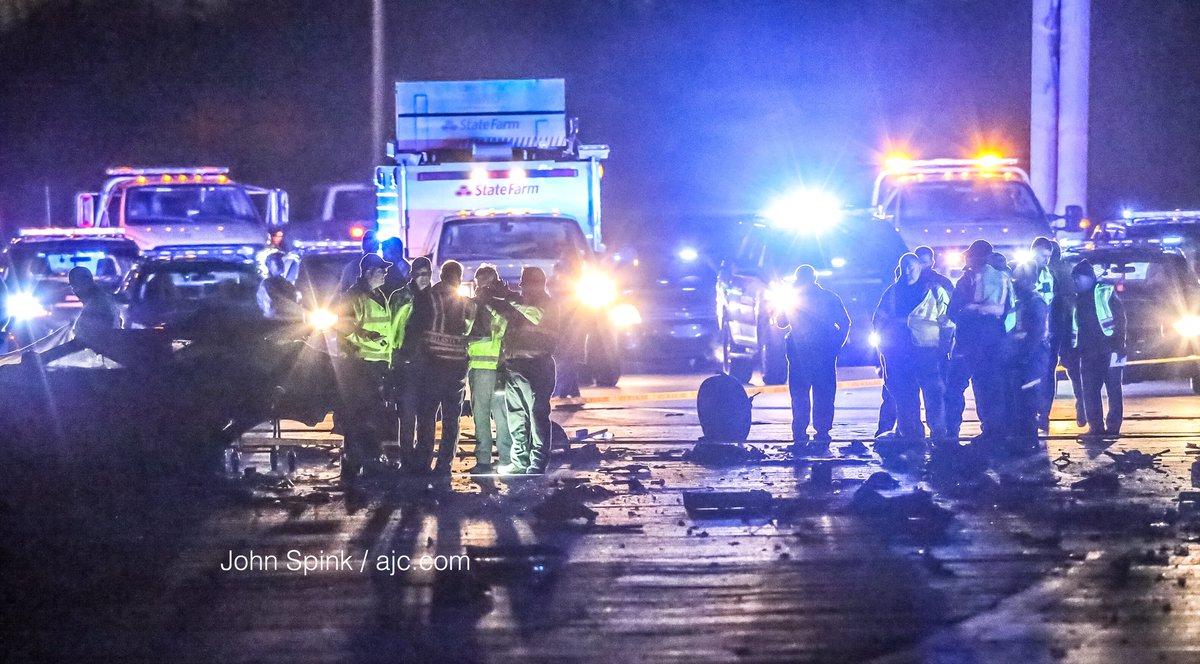 The Latest: 1 dead in fiery crash, I-20 East shut down before Downtown Connector - https://t.co/OtUFYQvTVJ #Atlanta https://t.co/GEy6EzFEJz
