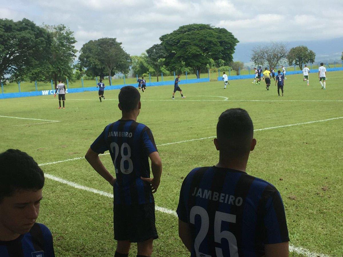 E segue o baile... Copa Zico Taubaté #CopaZico #Taubaté #Futebol https://t.co/UopRtxtxSh