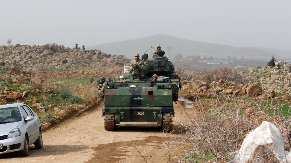What is Russia's geopolitical role in Turkey's Afrin offensive?