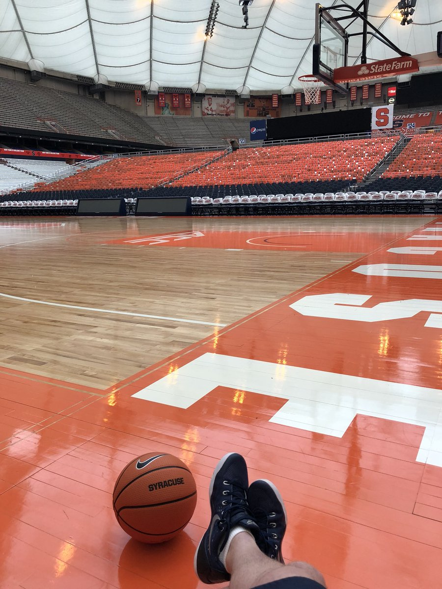 RT @Coach_McNamara: Love this place! No greater feeling as a player watching 30k on their feet https://t.co/C4lVYS1aZ6