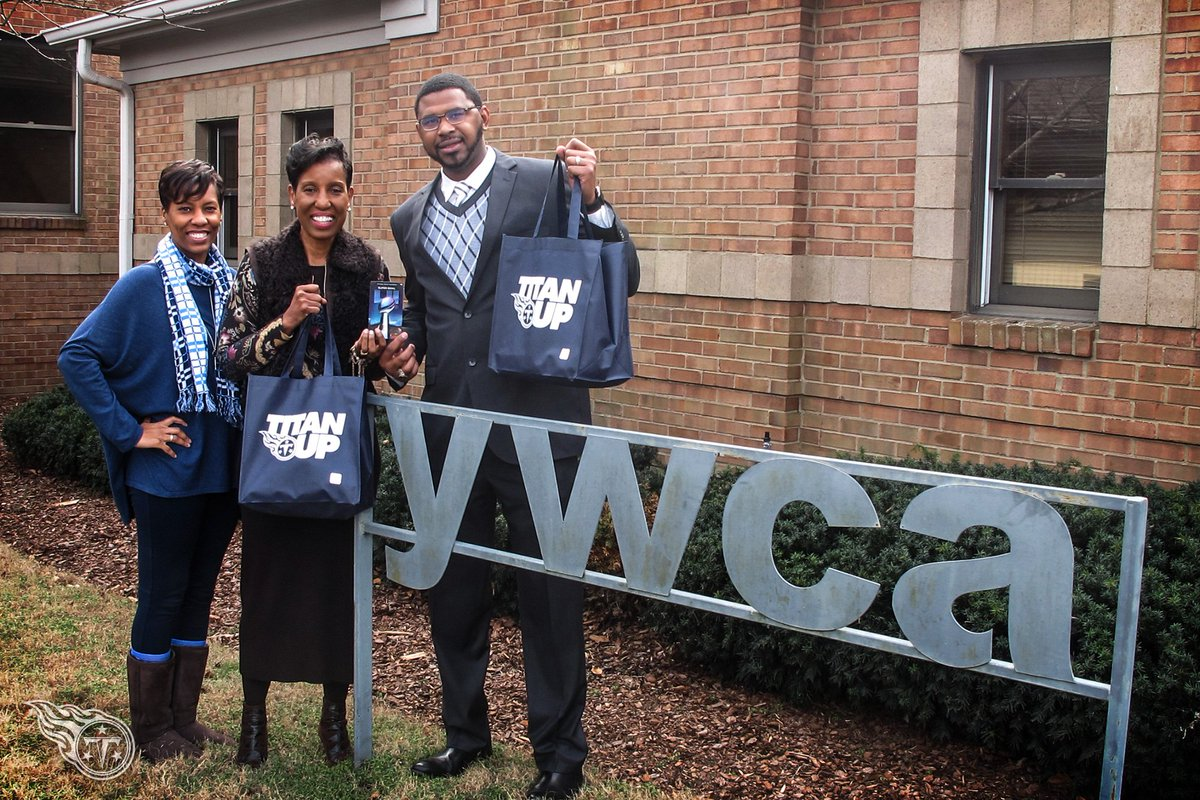 We've donated a pair of Super Bowl tickets to @YWCANashville and @AMEND_Together, program dedicated to fighting domestic violence by educating and empowering young men.  We salute @shanfoster_32 and Sharon Roberson for all they do in the Nashville community. https://t.co/aB2lSZU0kR