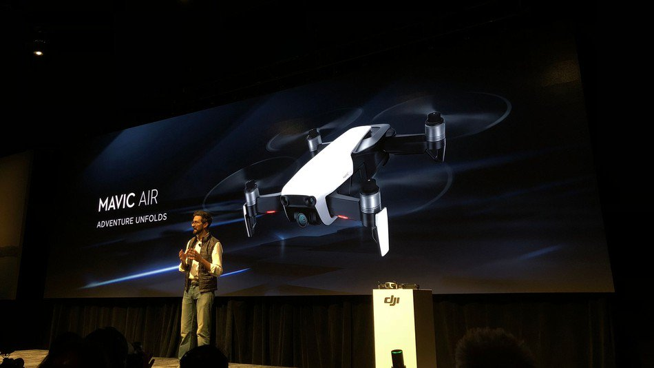 DJI Mavic Air is its smallest, smartest foldable drone yet https://t.co/smRCPUtUIh https://t.co/e4z5vNKULo #mobile… https://t.co/0ri0Y2Vf2p