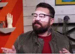 watching the show late and this is my new favorite @IsaacFitzgerald screen grab  #AM2DM https://t.co/bLhvr7Byxh