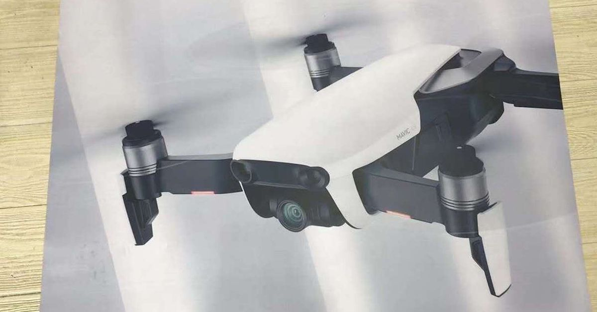 @Hopesmalling DJI's new Mavic Air drone leaked a day before its unveiling https://t.co/JX9Bv1z5Ro via theverge https://t.co/DMW1Br23cx