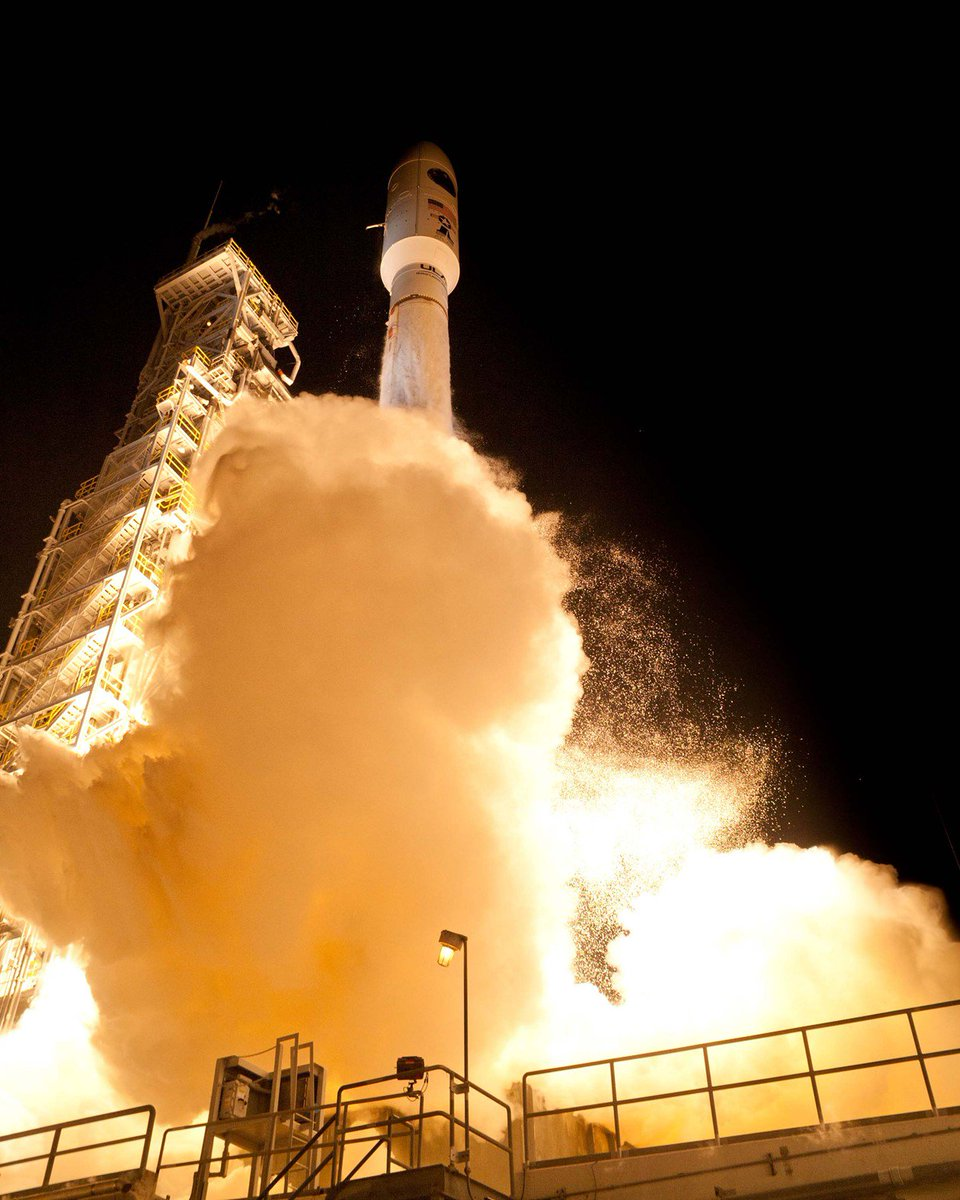 #OTD in 2014, ULA's #AtlasV launched the TDRS-L mission, now known as TDRS-12 into orbit. @NASA_TDRS supports communications with astronauts on the @space_station as well as many NASA satellites in LEO. https://t.co/dygi14sl0H