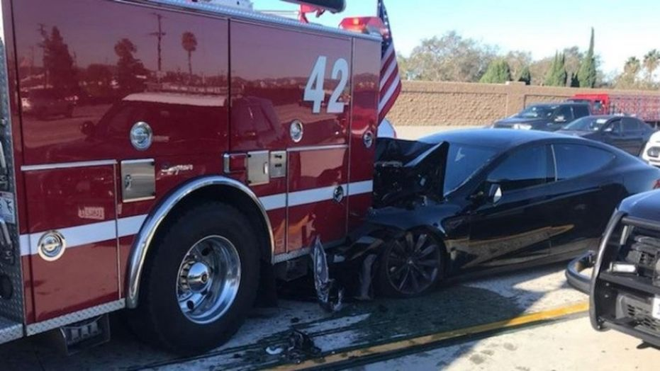 A Tesla allegedly on Autopilot rams into the back of firetruck