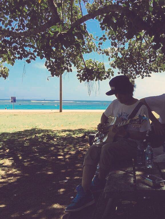 ハワイ生活はマジでみんなハワイアンタイムで時間にルーズ(おれは元から)でもすげーいい場所!!またみんなとハワイでバカしたい!!  #ハワイ #アロハ #生活 #Hawaii #aloha #lifestyle https://t.co/dzCBEgbLp5