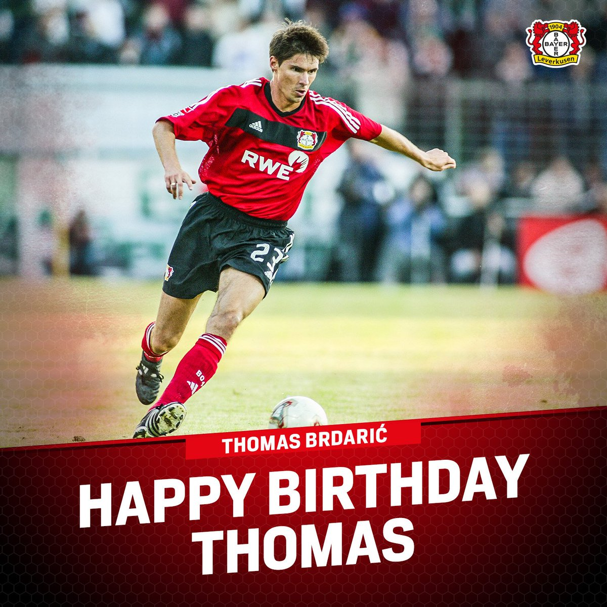 Big birthday shoutout to one of our former #Werkself Thomas Brdarić!  Hope your 4️⃣3️⃣rd is the best one yet!  ⚫🔴⚫🔴⚫🔴 https://t.co/u7ehO9CcqW
