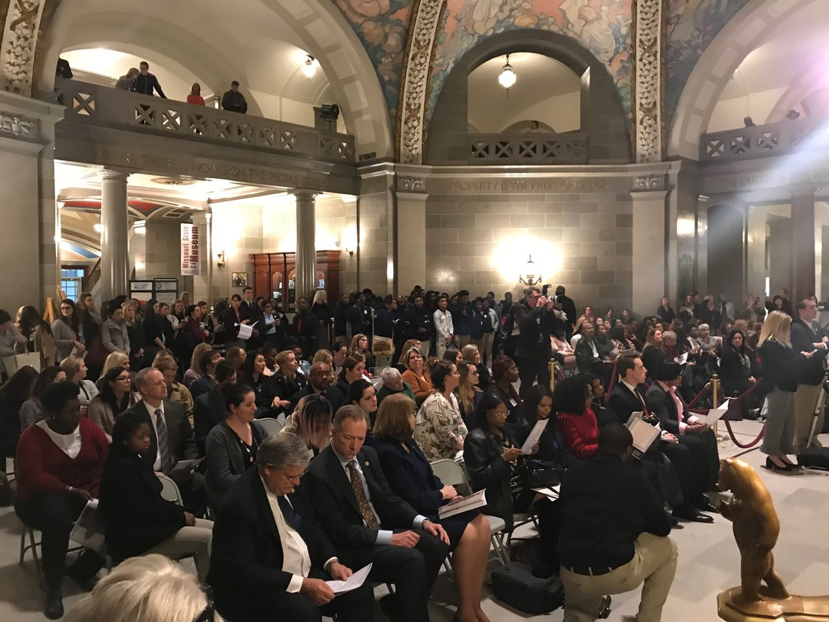 We're in Jeff City today for the Sex Trafficking Awareness Day at the Capitol. #moleg #humantraffickingawarenessday https://t.co/KJSCMcO3EB