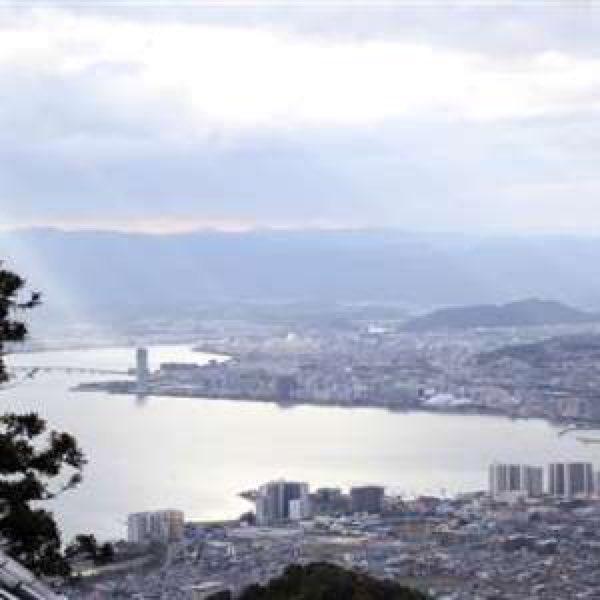 "RT @user1566233: 琵琶湖が""深呼吸""-過去10年で最も早く「全層 ..."