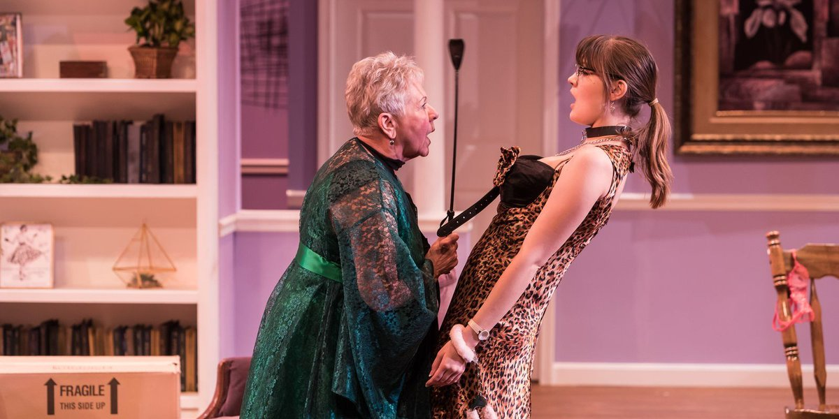 Review: 'Nana's Naughty Knickers' fits Meadow Brook just right