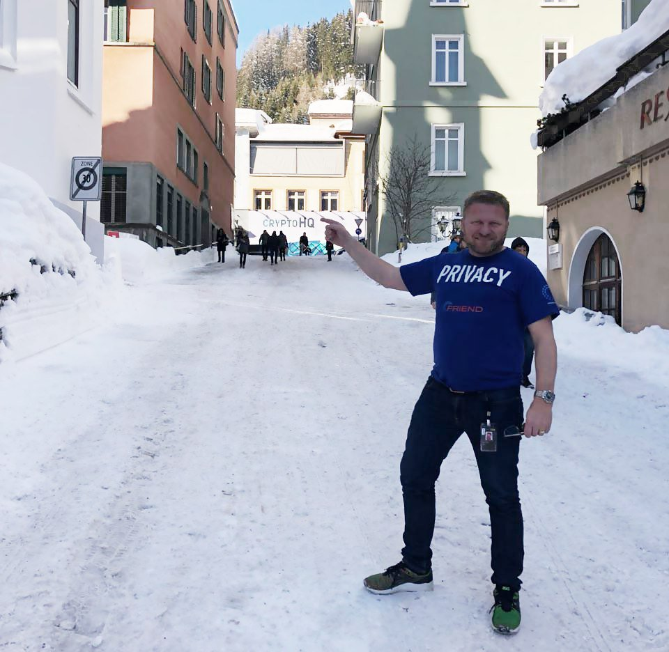 CEO of FriendUP @AP_Blix on location in #Davos bringing a message about the five pillars of Friend to world leaders! ⛄️ #crypto #privacy #blockchain #decentralization https://t.co/YdJtHLGn0A